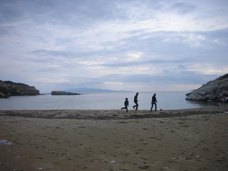 play on the beach paros   tao's greece