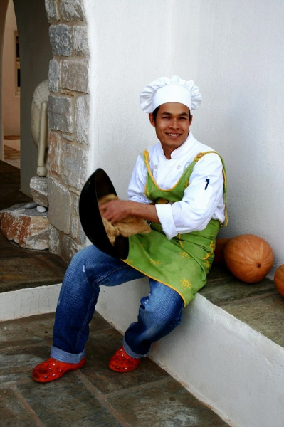 pan thai restaurant chef   tao's greece