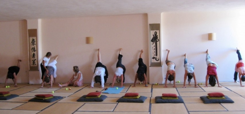 hatha yoga |meditation hall | taos center | paros | greece